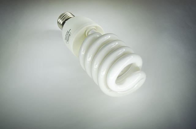 úsporné světlo